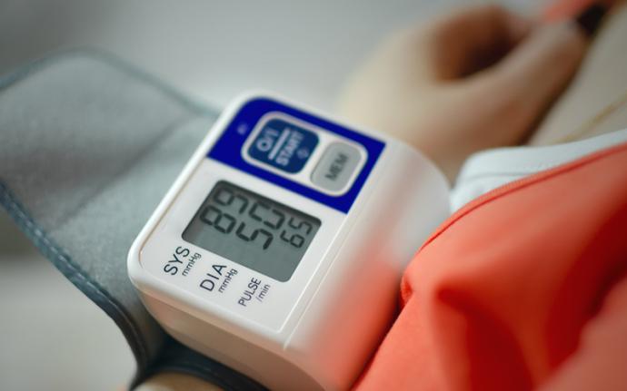 Niskie ciśnienie krwi - co robić?