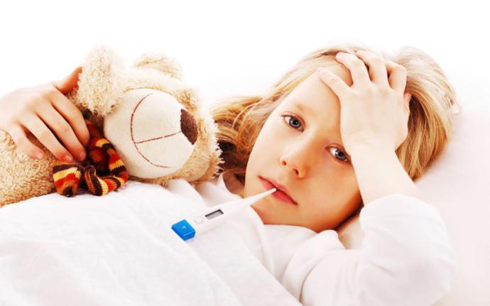 Sposoby na zbicie temperatury u dziecka