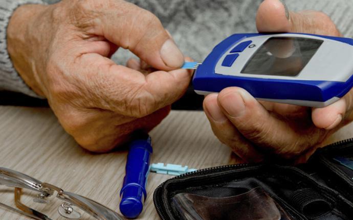 Cukrzyca nie powstaje w jeden dzień – jak często mierzyć poziom cukru we krwi?