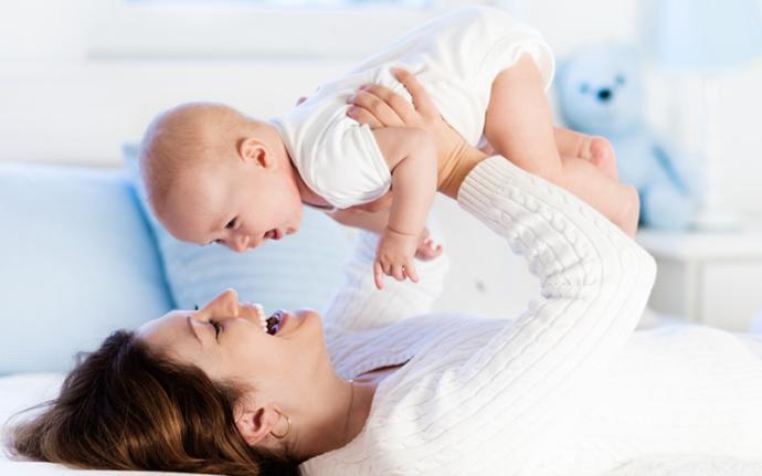 Niezbędna wyprawka dla noworodka i młodej mamy.