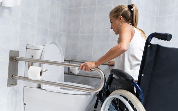 Jak przygotować łazienkę dla osoby starszej lub niepełnosprawnej?